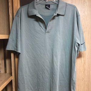 Men's Nike polo shirt grey silky size large drifit